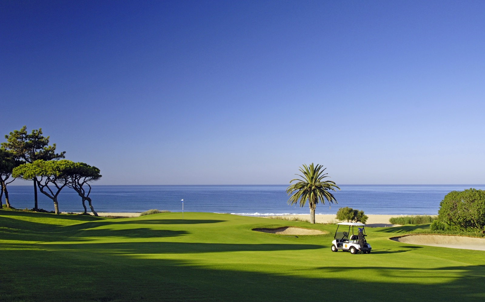 golf and holidays: